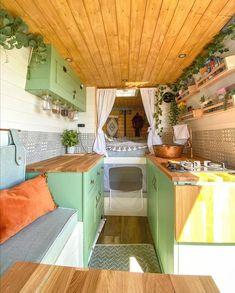 Van Conversion Interior, Camper Van Conversion Diy, Van Interior, Tiny Homes Interior, Interior Design, Bus Living, Tiny House Living, Kombi Home, Van Home