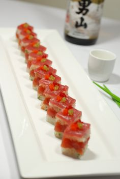 Sushi Catering, Sushi Menu, Sushi Burger, Sushi Cake, My Sushi, Sushi Party, Sushi Recipes, Seafood Recipes, Cooking Recipes