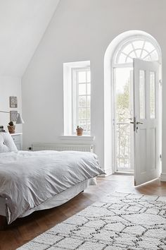 Bedroom | Swedish Living by Sofie Ganeva | est living