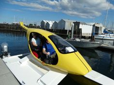 The Helicat can hit speeds of up to 30 mph (48 km/h) in choppy water