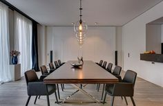 Art Loft at Yoo Berlin by Philippe Starck Modern Dining Room, House Interior, Property Design, Modern Dining, Sunken Living Room, Interior, Modern Dining Room Lighting, Small House Decorating, Modern Dining Table
