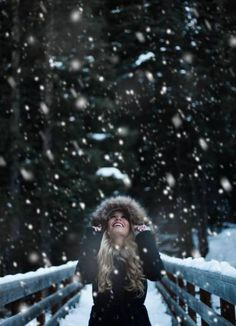 49 Ideas for photography winter ideas - Portraitfotografie Photography Winter, Girl Photography, Amazing Photography, Photography Ideas, Levitation Photography, Exposure Photography, Travel Photography, Portrait Girl, Portrait Poses