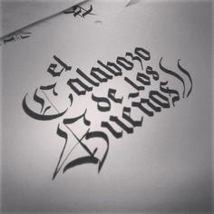 """Título """"El Calabozo de los Sueños"""" en caligrafía fraktur."""