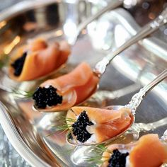 Salmon Appetizer, Appetizer Recipes, Smoked Salmon, Raw Salmon, Appetisers, Food Presentation, Catering, Finger Foods, Food Porn