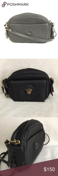 """Dooney Black Pebbled Leather Crossbody Bag ⬛️Beautiful genuine black Pebbled leather⬛️measures 10x6x2 3/4"""" strap drop 25"""" and strap is adjustable and removable⬛️excellent pre owned condition⬛️smoke free home⬛️ Dooney & Bourke Bags Crossbody Bags"""
