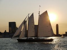 Schooner America 2.0, part of the Classic Harbor Line fleet. Image courtesy of Classic Harbor Line cruises.  Summer may be over, but there's no need for tears. September is one of the best months to be in the city. The weather is still lovely and the heavy crowds have largely dispersed, making it a great time to be out and about.  www.lonelyplanet.com/usa/new-york-city/travel-tips-and-articles/best-things-to-do-in-new-york-in-september#ixzz3Bhf2s7cS