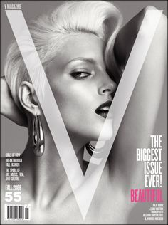 #ranitasobanska #fashion #inspirations One of my favorite magazine covers. Simple, sexy, and sleek. They don't try to crowd the cover with obnoxious headlines and gimmicks. The cover should draw the reader's attention with minimal text.