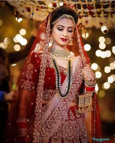 Bridal Best Bridal Makeup Inspirations to bring out Diva in You - Fashion Alpi , Best Bridal Makeup Inspirations to bring out Diva in You - Fashion [ Best Bridal Makeup Inspirations to bring out Diva in You - Fashion [ [ [. Pakistani Bridal Makeup, Indian Bridal Lehenga, Indian Bridal Outfits, Indian Bridal Fashion, Indian Bridal Wear, Bridal Dresses, Bridal Makup, Bridal Dupatta, Lehenga Dupatta