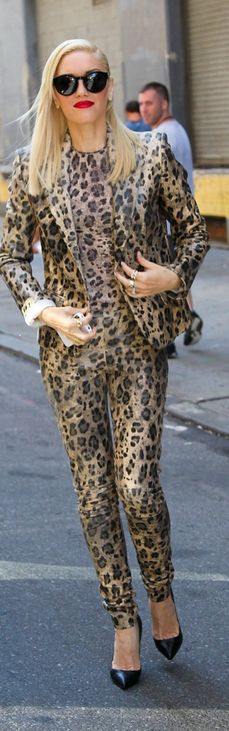 Who made Gwen Stefani's leopard pants, leopard jacket, leopard top, black pumps and black sunglasses that she wore in New York? Jacket, pants and top – Blumarine  Shoes – Christian Louboutin  Sunglasses – Stella McCartney