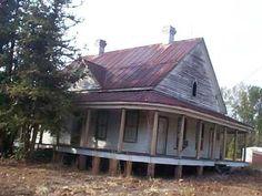 Gothic Southern farmhouse, 1860s.