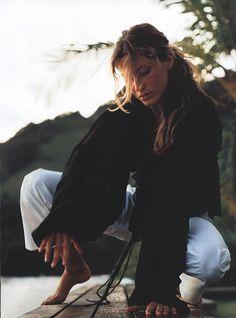 thegiftsoflife:  Elle (US) May 2000 Hot TicketPhotography by Gilles BensimonGisele Bundchen       (via TumbleOn)