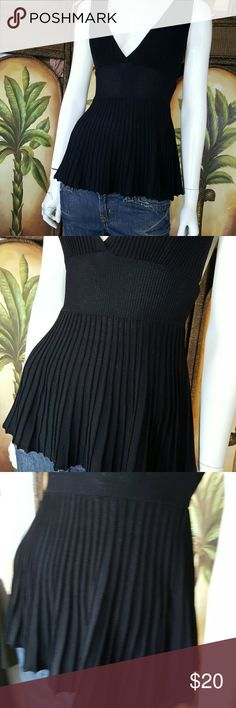 Bebe razorback top Pleated Lined in bust No snags or flaws that I can see bebe Tops Tank Tops
