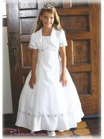A beautiful Communion dress for your little girl by Angels Garment. This gorgeous shantung poly (fabric mimics slub silk) dress features intricate ribbon embroidery and shiny sequins on bodice. Exquisite trim with sparkling sequins and beads cascades acro Girls Communion Dresses, Birthday Dresses, Baptism Dress, Blush Flower Girl Dresses, Girls Dresses, Robes De Confirmation, Sequin Dress, Silk Dress, Première Communion