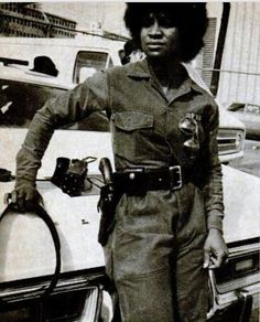 Mary Hall in 1976 she was the black women to be apart of the Atlanta Police Department SWAT team. African American History, American Women, Black Girls Rock, Black Girl Magic, Great Women, Amazing Women, Black Art, Black History Facts, My Black Is Beautiful