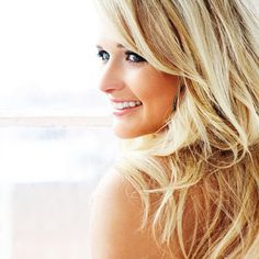 miranda lambert hair color, blonde shade that I want!