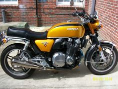 Honda CB1100 converted to CB750 lookalike by Whitehouse of Japan