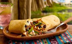 Burrito de pui Barbecue Recipes, Menu Items, Burritos, Food Pictures, Tacos, Mexican, Ethnic Recipes, Homemade Food, Camping