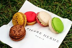 Macarons Marathon at Pierre Hermé in Paris
