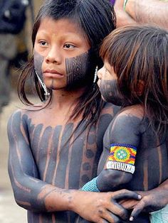 Yanomani Tribe, Brazil x We Are The World, People Around The World, Beautiful Children, Beautiful People, Tribal People, World Cultures, American Indians, Photos, Rainforests