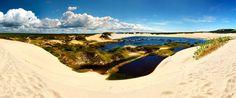 Pequena lagoa nas dunas. Praia de Morro Branco - Ceará-------------------------Foto: Chaval Brasil