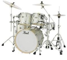 New & Factory Sealed Pearl Masters Birch BCX904XP Silver Glitter Shell Pack - Includes 4 Drums Total:  20x18 Bass Drum, 10x8 Tom and 12x9 Toms w/Optimount, 14x14 Floor Tom with Legs - FREE SET OF FOUR HUMES & BERG GALAXY DRUM BAGS - FREE Ship Continental USA - Also Ships to Alaska & Hawaii! http://stores.ebay.com/music-for-all-03
