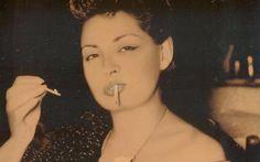 Σκέψεις: Μάγια Μελάγια: μπριγιάν και λίρες για μια ζεστή κο... Septum Ring, Actors & Actresses, Rings, Greece, Fashion, Greece Country, Moda, Fashion Styles, Ring
