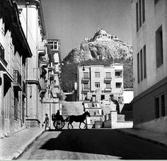 1934 ~ Kolonaki, Athens (photo by Alfred Eisenstaedt) Old Pictures, Old Photos, Vintage Photos, My Athens, Athens Greece, Athens History, Old Greek, Timeline Photos, Greek Islands