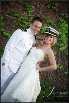 OMG, sooo cute! Military Wedding <3