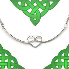 Collana con nodo celtico a forma di cuore di FioreJewellery
