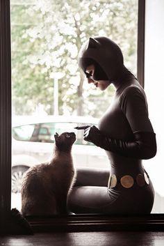 Character: Catwoman (Selina Kyle) / From: DCAU's 'Batman: The Animated Series' / Cosplayer: Kseniya Beknazarova (aka KamikoZero) / Photo: Li Eliseeva (2017)