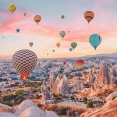 cappadocia Waking up at the crack of dawn is worth it for this view Have you ever been in a hot air balloon Edited with my app izkizcam Sky Aesthetic, Travel Aesthetic, Ballons Fotografie, Turkey Destinations, Balloons Photography, Air Ballon, Air Balloon Rides, Photos Voyages, Beautiful Places To Travel