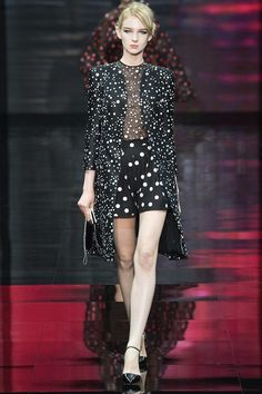 Foto APCH2014 - Armani Privé Couture Herfst 2014 (1) - Shows - Fashion - VOGUE Nederland