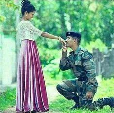 Love her, i love you, love of my life, army wallpaper, indian Military Couple Pictures, Military Couples, Military Love, Military Couple Photography, Army Photography, Indian Army Quotes, Indian Army Wallpapers, Army Pics, Cute Romance