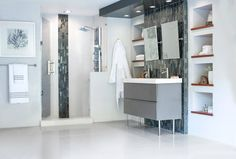 Is Metropolis mosaic the unique idea you have been looking for? - Il mosaico Metropolis è l'idea originale che stavate cercando? Bathroom Trends, Bathroom Designs, Different Textures, Countertops, Tiles, Flooring, Glass, Wall, Closet