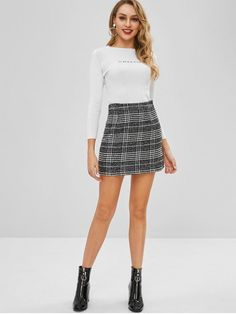 Black Nonelastic Fall and Spring and Winter Zipper Front Houndstooth A-Line Mini Daily Fashion Front Pocket Houndstooth Tweed Skirt Boot Outfits, Skirt Outfits, Fall Outfits, Cute Outfits, Skirt Fashion, Fashion Outfits, Womens Fashion, Girls In Mini Skirts, Tweed Skirt