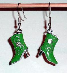 Ohrringe Stiefel Schuh grün Edelstahl Ohrhänger Metall Legierung Neuware