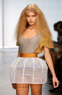 Outrageous Clothes that I will never wear Big Fashion, Runway Fashion, Golden Blonde, Industrial Style, Editorial Fashion, High Waisted Skirt, Mini Skirts, Design Inspiration, Couture