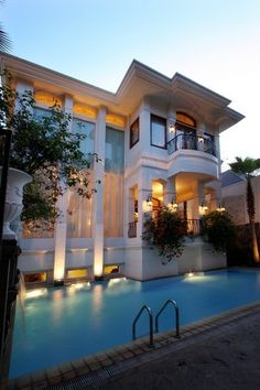 Dream house must have a pool & a cellar :) Kb Homes, New Home Builders, Pool Houses, My Dream Home, Exterior Design, Modern Architecture, Future House, Luxury Homes, Beautiful Homes