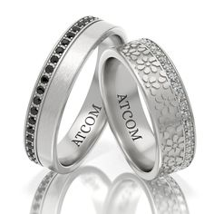 O rapsodie de detalii, floricele si pietre incununeaza aceasta pereche de verighete Atcom. Wedding Rings, Engagement Rings, Jewelry, Enagement Rings, Jewlery, Jewerly, Schmuck, Jewels, Jewelery