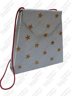 Buy #ecofriendly printed paper purse at wholesale price online from handicraftshop.in