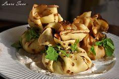 Boccelute cu mere | Retete culinare cu Laura Sava - Cele mai bune retete pentru intreaga familie Baked Potato, Potatoes, Chicken, Meat, Baking, Ethnic Recipes, Food, Patisserie, Bakken