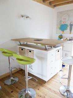 Everyone knows 'Kallax' shelves from IKEA! Here are 8 great DIY ideas with Kallax shelves! – DIY craft ideas Everyone knows & # Kallax & # shelves from IKEA! Here are 8 great DIY ideas with Kallax shelves! Kitchen Island Hack, Modern Kitchen Island, Ikea Kitchen, Kitchen Decor, Kallax Shelf, Expedit Bookcase, Kallax Hack, Ikea Shelves, Kallax Regal