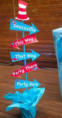 Grab this amazing FREE Dr Seuss Party Printables set! Everything you need for a party that is totally Seuss! Includes amazing party food ideas and party favor ideas and decor too! Dr Seuss Party Ideas, Dr Seuss Birthday Party, First Birthday Parties, Birthday Party Themes, Boy Birthday, First Birthdays, Birthday Ideas, Ideas Party, Birthday Activities