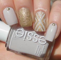 Hey my beautiful nail art lovers! If you have been impatiently waiting for our newest post with nail arts scroll down to see the 17 Stupendous Glitter Nail Designs. Nude Nails, Gel Nails, Nail Polish, Gel Nail Designs, Beautiful Nail Art, Mani Pedi, Nail Arts, Pretty Nails, Hair And Nails