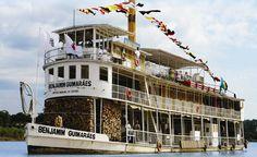 Pirapora - MG - Brasil - Barco a vapor Benjamim Guimarães é o único em atividade no mundo.