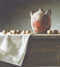 stilleven: er zit geen leven in deze materialen, het bestaat uit bepaalde voorwerpen, de lichtval heeft ook invloed op het schilderij.