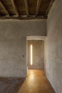 focus-damnit: (via Lime Paint & Old Wood Wabi Sabi, Home Design, Interior Design, Interior Paint, Salon Design, Sombra E Penumbra, Interior Architecture, Interior And Exterior, Stucco Interior Walls