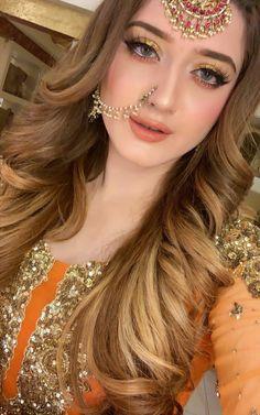 Pakistani Bridal Hairstyles, Pakistani Bridal Makeup, Pakistani Wedding Outfits, Indian Bridal Fashion, Bridal Outfits, Bridal Dupatta, Bridal Mehndi Dresses, Bridal Dress Design, Nikkah Dress
