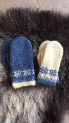 Ravelry: Vinterroser - tova votter pattern by Rita Nygård Andersen Knitted Mittens Pattern, Crochet Mittens, Crochet Toys Patterns, Stuffed Toys Patterns, Knitting Patterns, Knitting Ideas, Norwegian Knitting, Fair Isle Knitting, Knitting Charts