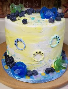 Fun Lemon and Blueberry Baby Shower Cake, Fun cake with Pacifiers and Baby Shower Decorations